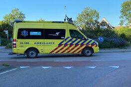 Fietser belandt in ziekenhuis na botsing met auto in Bovenkarspel