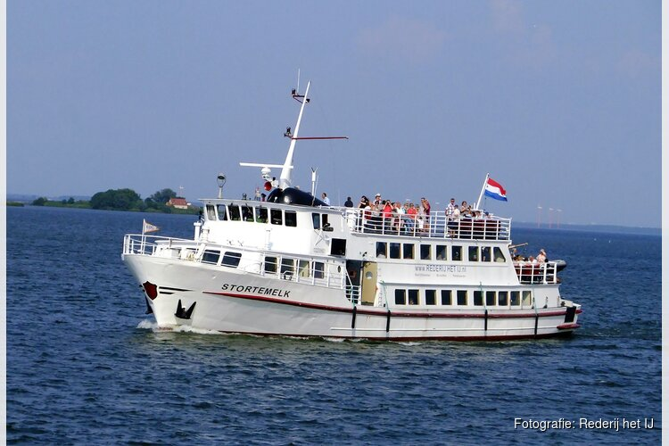 Pilot nieuwe bootverbinding Amsterdam - Enkhuizen met Hemelvaart