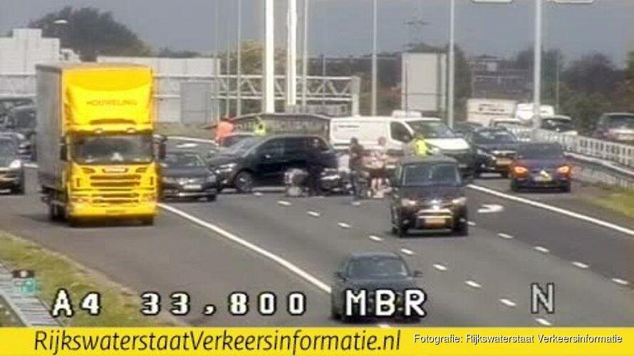 VVD-fractievoorzitter Enkhuizen gewond geraakt bij motorongeluk op A4