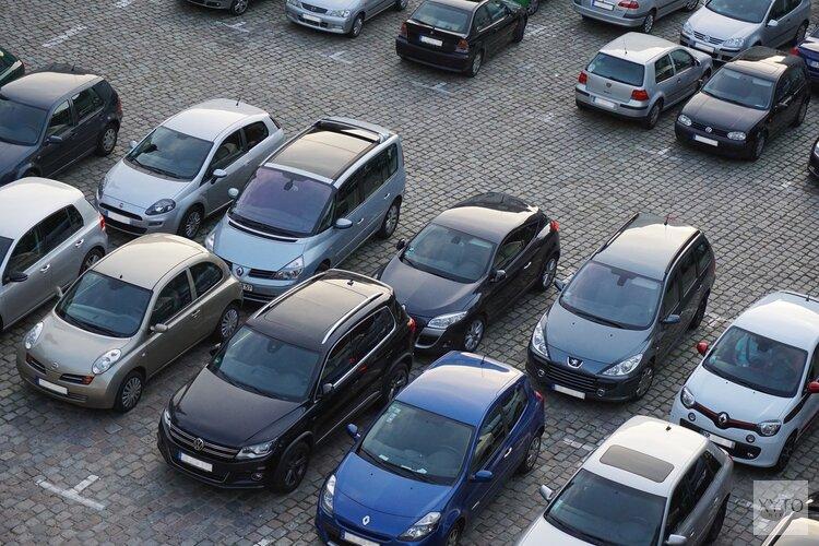 Overeenkomst nieuwe parkeersituatie Middenweg