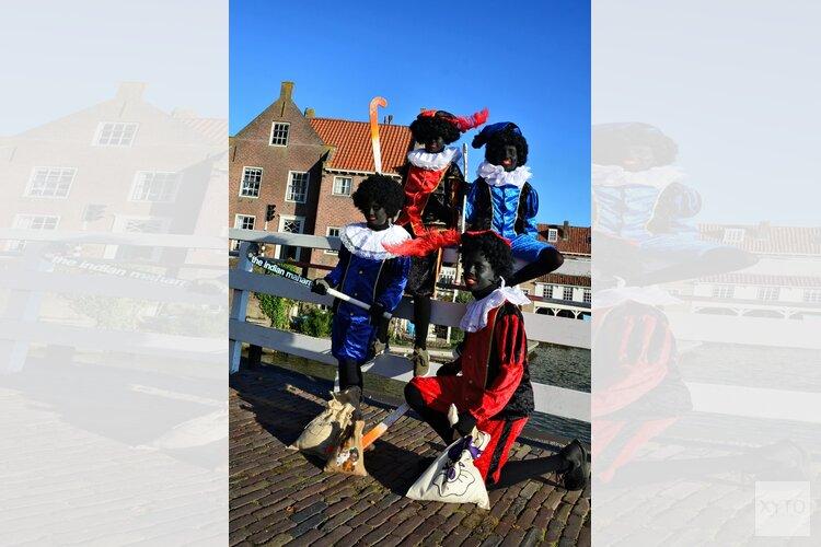 Zwarte Pieten organiseren Pietenparcours bij Hockeyclub Enkhuizen