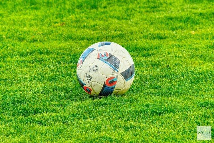 Voetballer uit Enkhuizen gaat vrijuit: te weinig bewijs voor geven van elleboogstoot