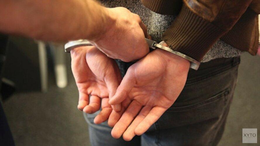 Twee jongens aangehouden na vernieling en mishandeling