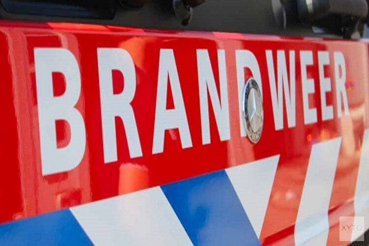 Brandweer redt bewoner uit woning