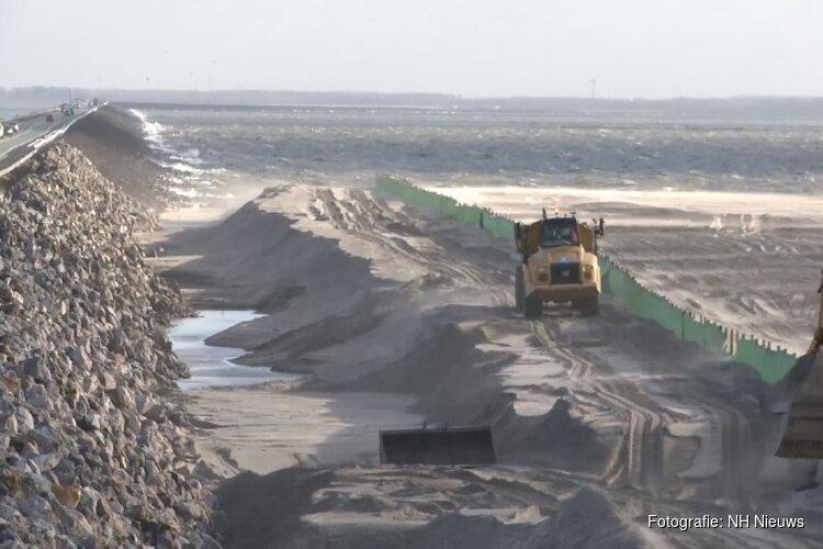 """Minister over Markerwaarddijk: """"Sta nog steeds achter keuze voor zand als dijkversterking"""""""