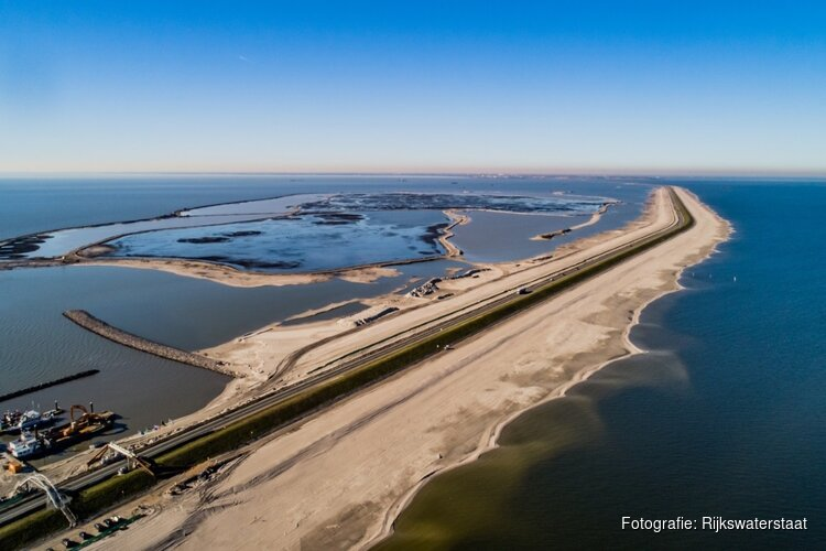 Houtribdijk (N307) weer open na wateroverlast, maar met extra regels