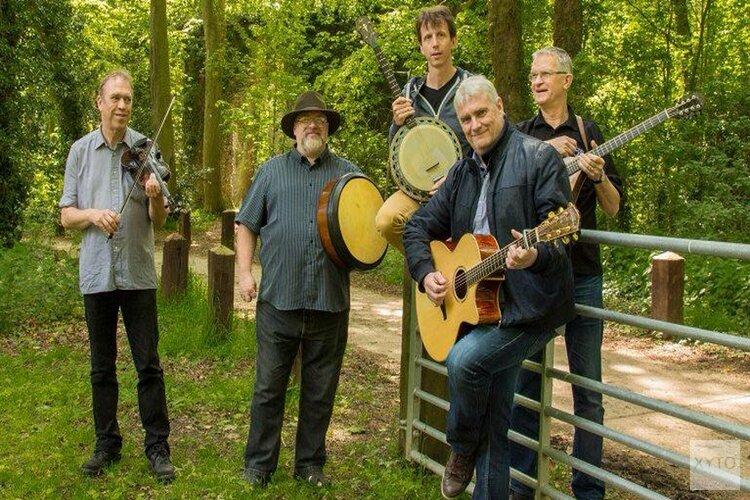 Irish folkmiddag in Oosterleek op zondag 24 november met de band Coracle en Ierse zanger Jim Spiers