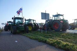 Boeren blokkeren Dijk Enkhuizen-Lelystad