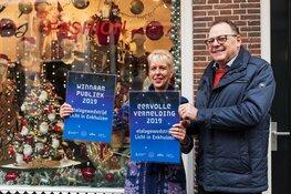 De Graaff van Enckhuysen en Jellie's Fashion winnen etalagewedstrijd Licht in Enkhuizen